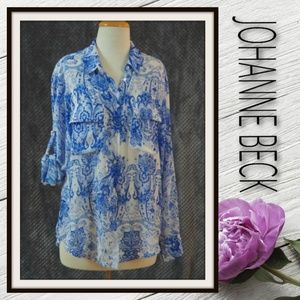 Johanne Beck - Like new - button up blouse - Small